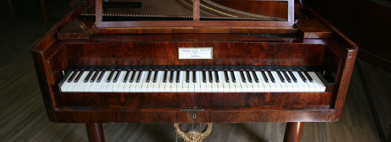 Conrad Graf piano Op. 502